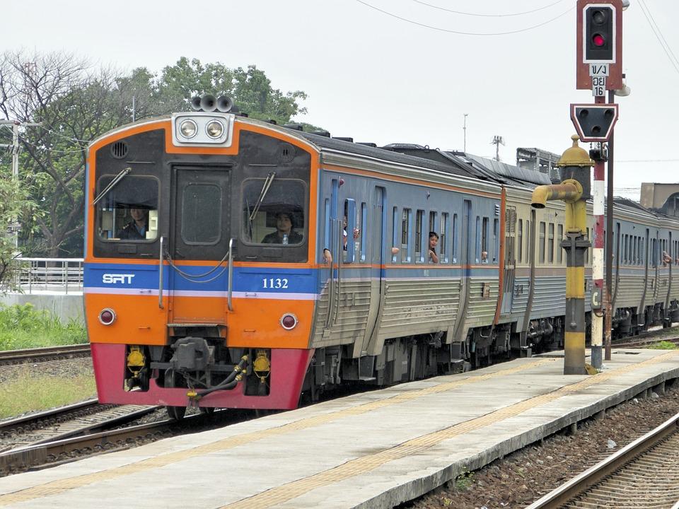 train-1005454_960_720