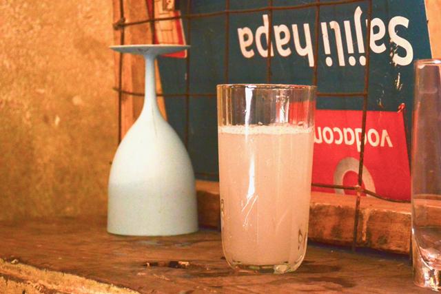 幻の酒ウランジ。白く濁っている