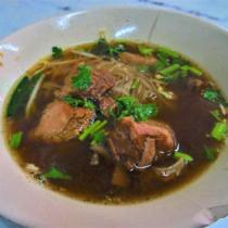 煮込み系のクイッティアオもあるが、これも中華料理の影響が強い