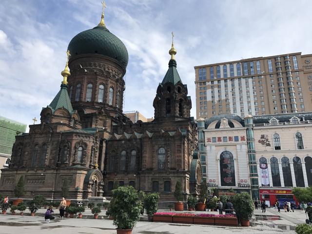 ロシア正教会を中心とした街造り。とても中国とは思えない