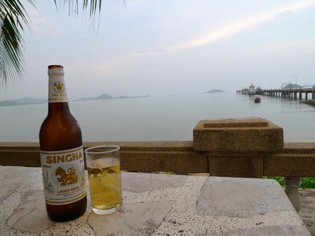 海とビール。まさに大勝利!