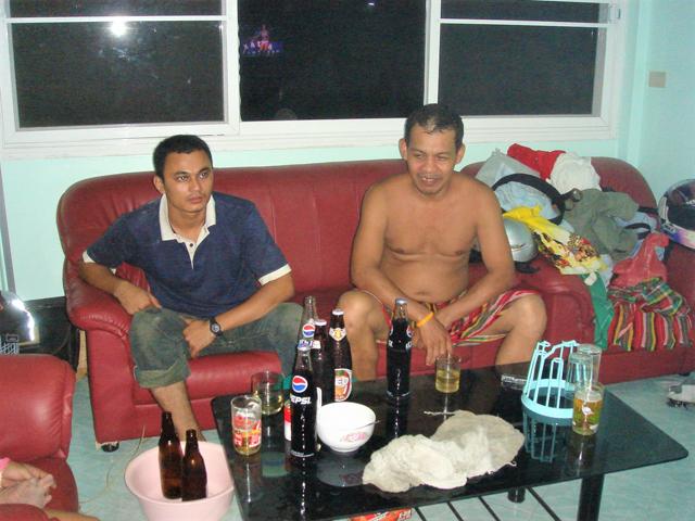 タイ人のホームパーティーでも選ばれるのはビアリオ