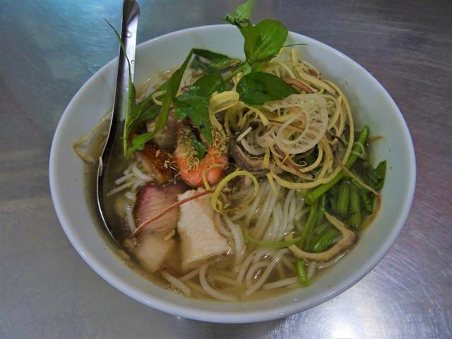 ベトナムのカントーで食べたブン・マム。当時は具材の魚を指すのかと思っていたが……