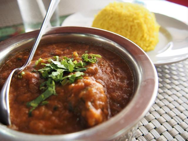 インドカレーもゲーン・クア・グラドゥックムーと比べると甘いスープである