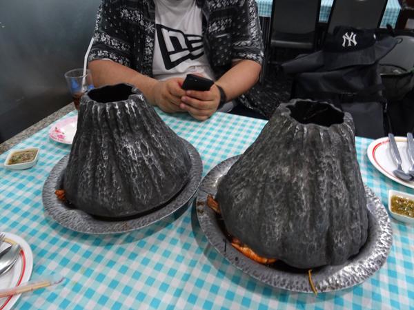 火山エビの蓋をした状態。